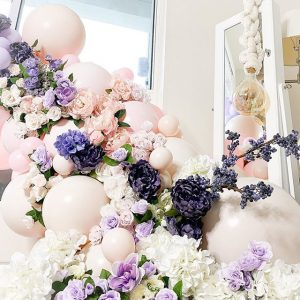 moon-and-blooms-balloon-decor-custom-balloons-california-1-1.jpg